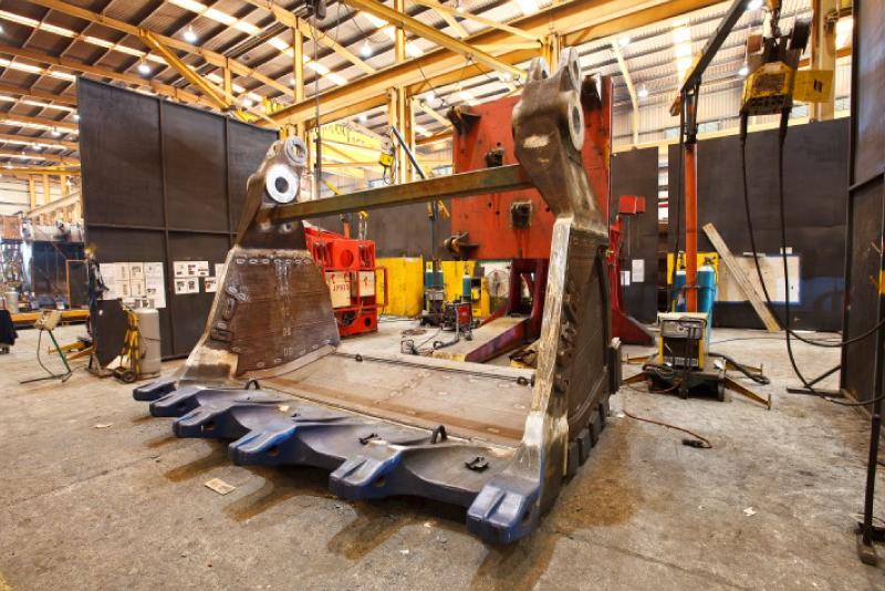 Zamine Service Chile, distribuidor de equipos Baldes JAWS para minería, en Latinoamérica